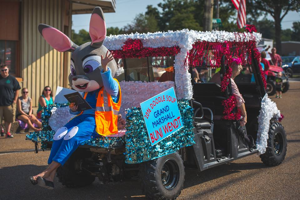 parade_4_grand-marshal_buni-wendt